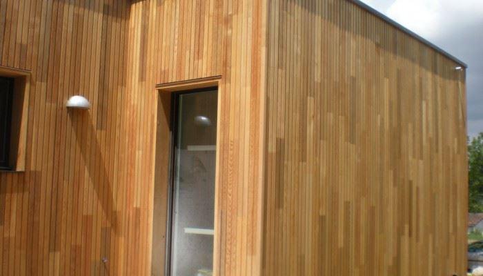vente bois pi ces de bois toulouse 31 et midi pyr n es pour maisons bois charpentes bois. Black Bedroom Furniture Sets. Home Design Ideas